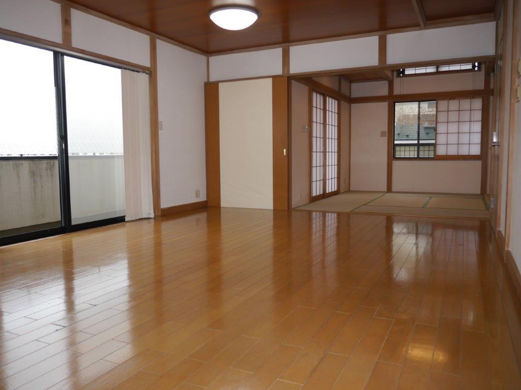 室内とても綺麗でまだまだ使用可能です