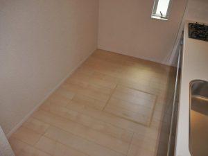 キッチンには床下収納あり