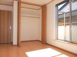 2号棟2階洋室の収納