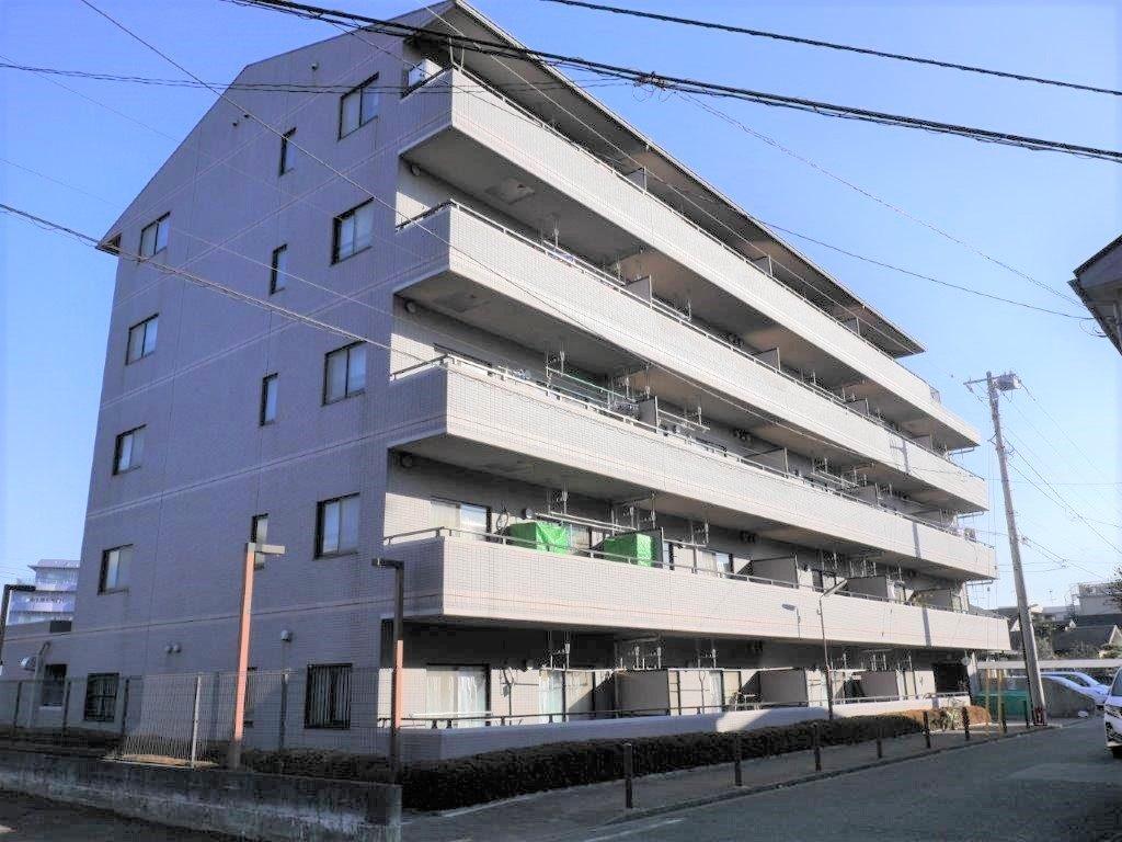 上溝駅徒歩3分に建つ5階建マンション