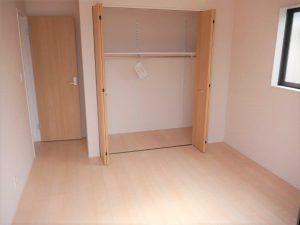 ①号棟2階洋室収納