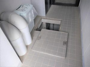 地下ピット入口